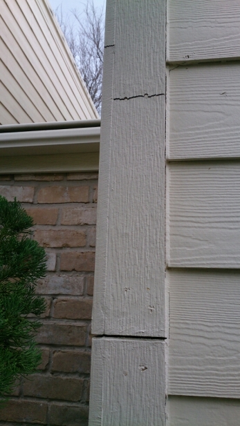 Hardie Siding Cracked from Texas Home Movement